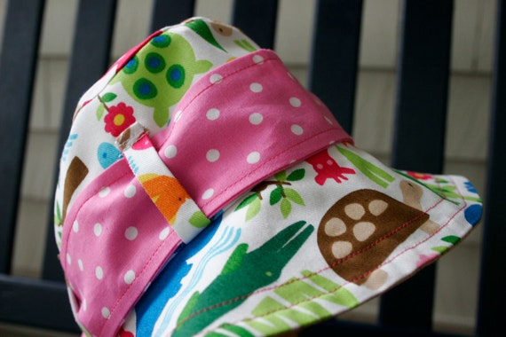 Bright Animals on White Bucket Hat with Pink Sash (Toddler) - ready to ship