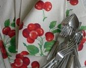 Vintage Cherry Napkins. Heavy Cotton Napkins. Fruit. Kitchen. Cherries. 4 Pieces.