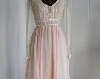1970's Baby Pink  and Lace Gunne Sax Dress