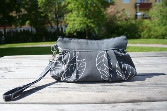 Bag purse wristlet Large size  - Leaves in grey - Handmade Purse / Wristlet