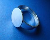8 pc 12mm pad Brass Rings