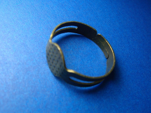 35 pc  Bronze color Ring Base 8mm pad