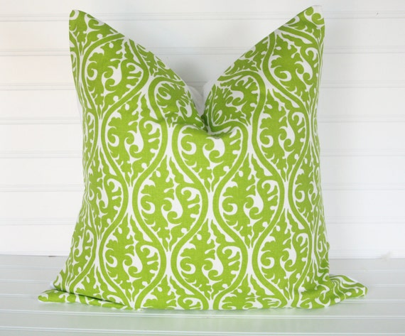18x18 Green fancy Pillow Cover