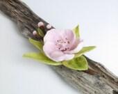 Felt Flower Brooch - Needle Felted Brooch