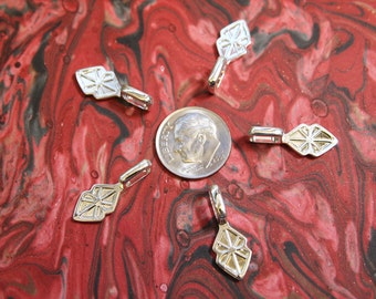 25 MEDIUM Shiny Silver Plated Bails-- Fused Glass Pendants - ScrabbleTiles- Glass Tile Jewelry...