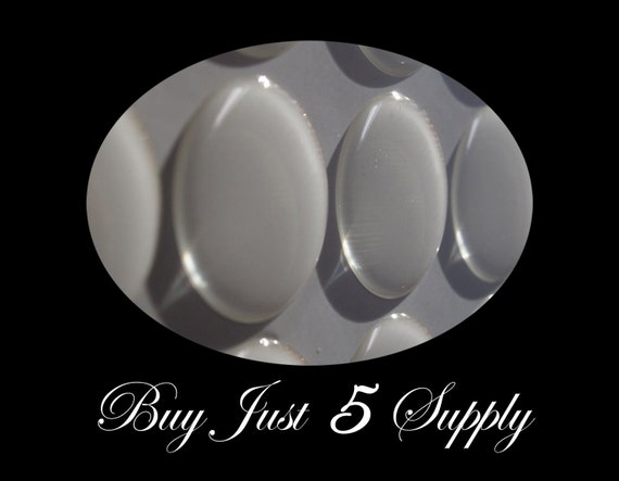 100 Epoxy Resin Stickers-Domes-Dots-Drops..1 Inch Circles...Fast and Easy..Peel and Stick..No Mess Pendants and Magnets