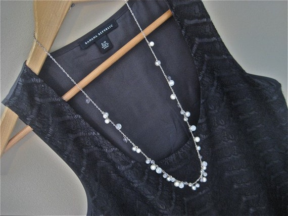 Silvery Pearl Bauble Necklace