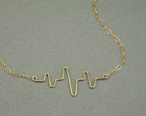 You Make my Heart Beat gold necklace