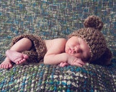 Newborn Baby Bear Diaper Cover and Hat Photo Prop Set - Walnut Brown
