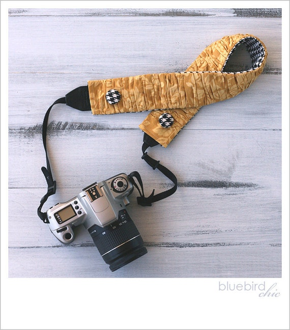 ruched camera strap cover - mustard yellow/houndstooth (reserved)