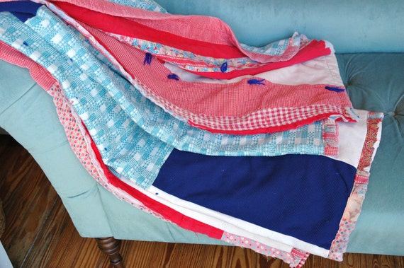 pretty patterned country quilt - very anthropologie