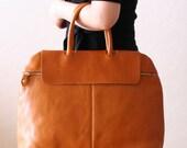 Elegant Large Leather Tote Bag - Tan Brown
