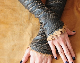Leather fingerless gloves also known as Kittys