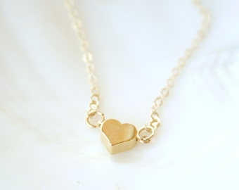 Simple Gold Heart Bracelet- On 14K Gold Filled Chain- simple everyday delicate jewelry