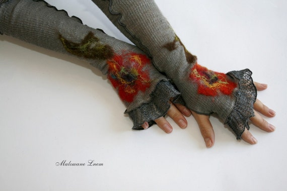 Romantic Fingerless Gloves  Mittens Arm Warmers  gifts Grey LINEN Knitted with Unique Felt Fower Appliques Eco Friendly
