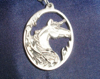 Charm, lead safe pewter, 26x20mm oval with horses head, Sold individually