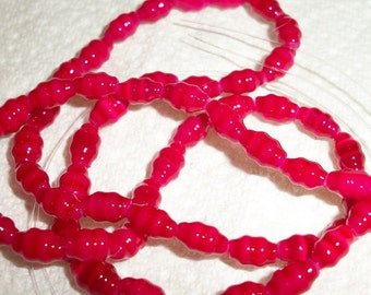 8x4mm, cranberry, fluted oval, 16inch strand