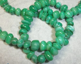 mother of pearl, forest green, medium chip