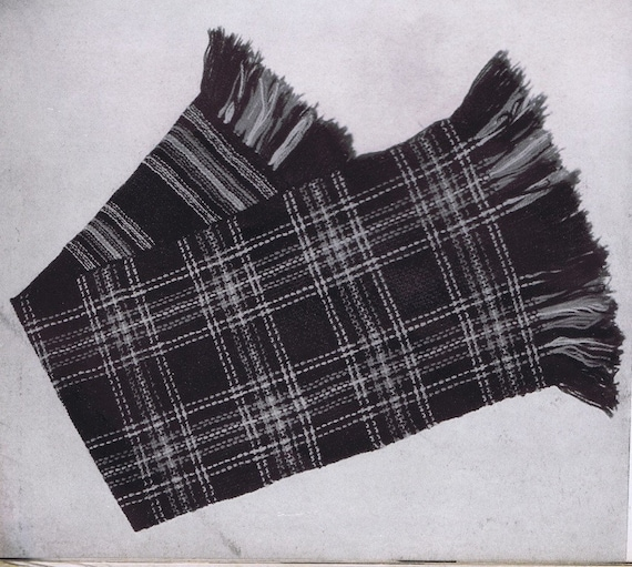 Burberry Knit Scarf images