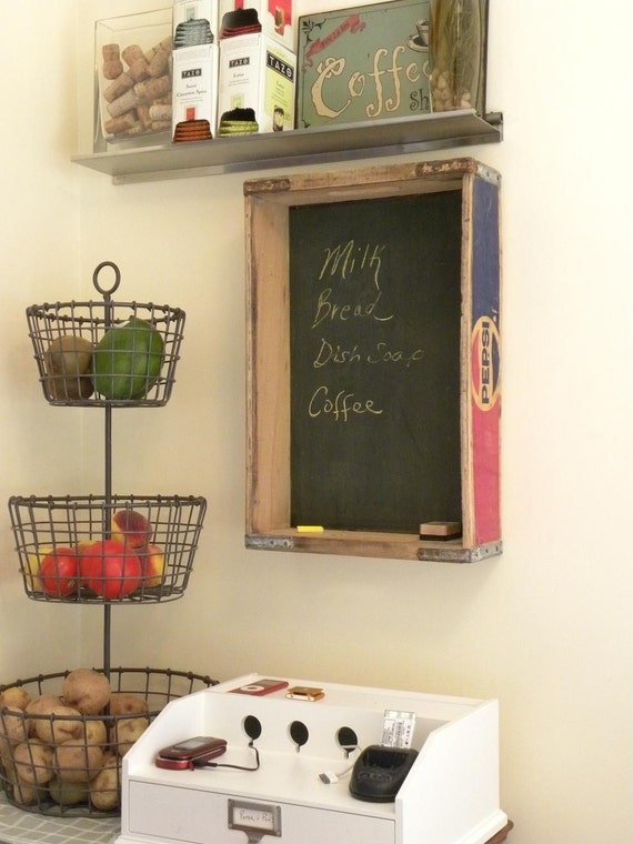 Pepsi crate chalkboard kuttlefish for Wooden soda crate ideas