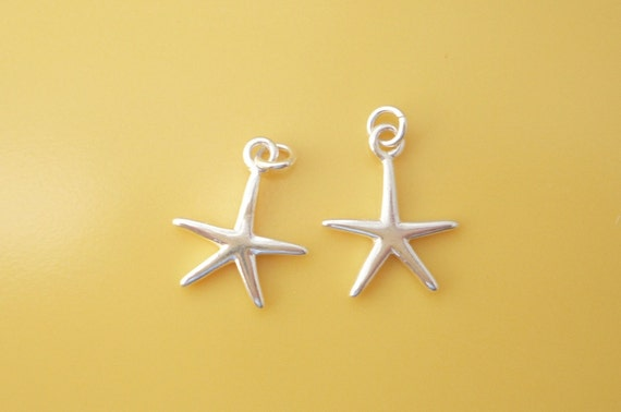 Sterling silver Starfish charm. pendant , (16x12mm),