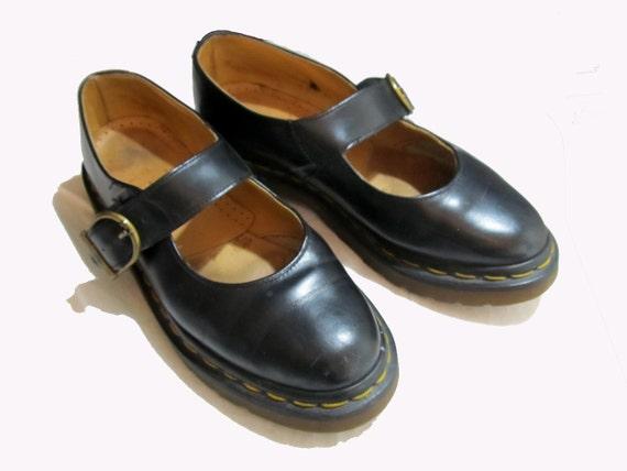 Vintage Doc Martens Shoes / Black Mary Janes  UK Size 4 / US 6 / Eur 37