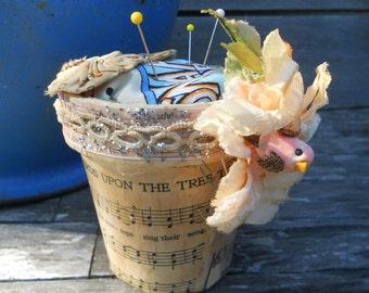 Sweet Birdie Flowerpot Pincushion Altered Art and Vintage