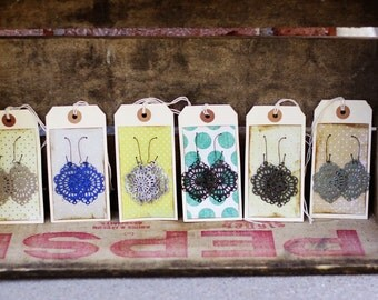 MAE - BREATHTAKING LIGHTWEIGHT Metal Filigree Earrings - Choose Your Color - Anthropologie Style - Gift or Family Pictures