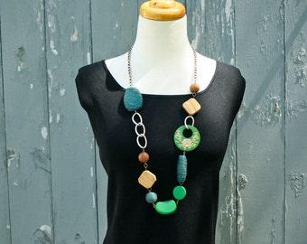 Sale 20% OFF - 70s Necklace