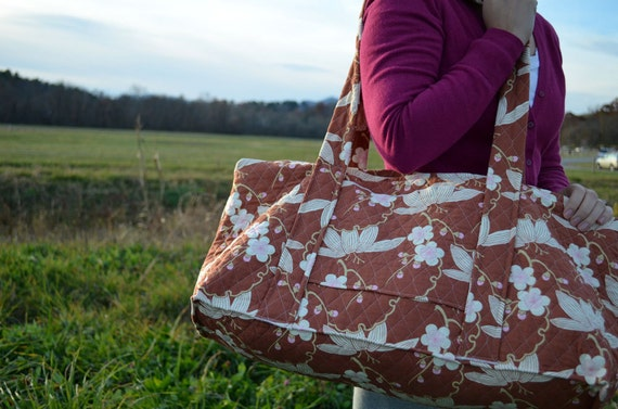 Quilted Weekend Duffel Bag in Cherry Blossom