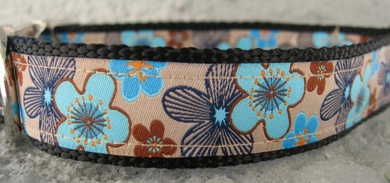 Blue and Brown Flower Dog Collar