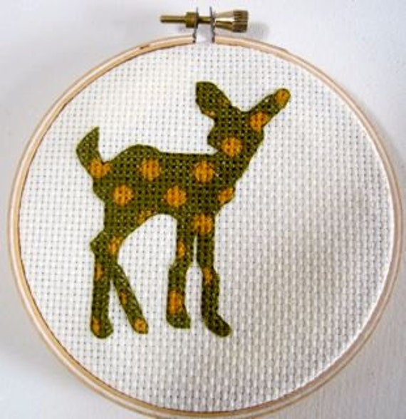 cross stitch pattern Fawn Polka Dots deer doe