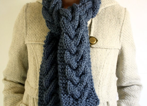 Warm Cable Scarf - Navy