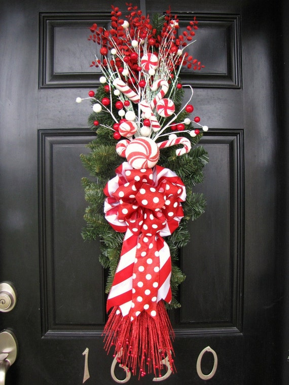 Christmas Wreath Red And White Front Door By Thewrightwreath