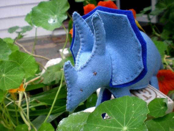 Triceratops - sewing epattern