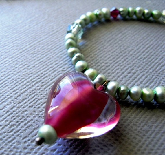 Sweetness - Freshwater Pearl & handmade glass necklace