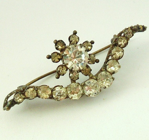 Antique French paste brooch