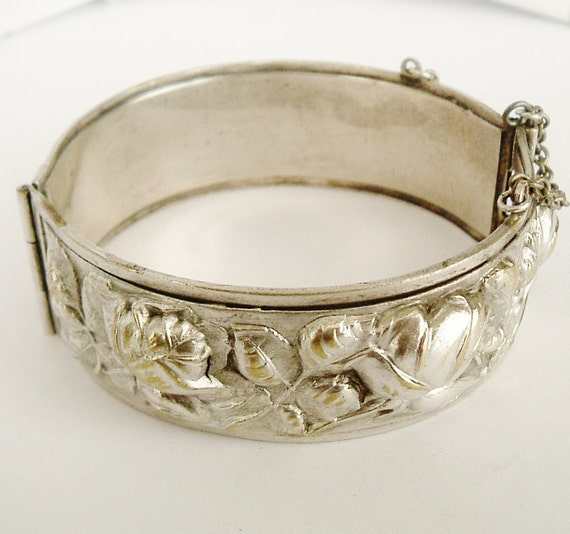 REDUCED Antique French art nouveau silver plate hinged bangle embossed with roses