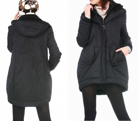 Embroidered Winter Long Coat/ 2 COLORS