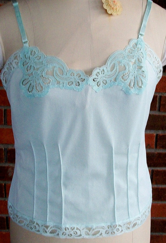 """VINTAGE Mint Green CAMISOLE,  Made by """"Gossard Artemis"""", Size Medium, Lace & Pintucks"""