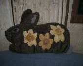 Primitive Rug Hooking Pattern Daffodil Bunny