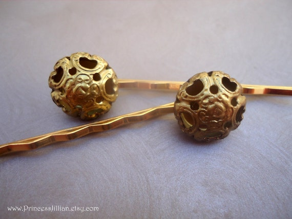 Vintage buttons hair clips - Antique gold puffy flower TREASURY ITEM