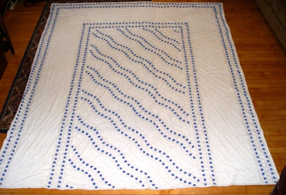 Lovely Vintage Blue and White Ocean Waves Chenille Bedspread Full Sized
