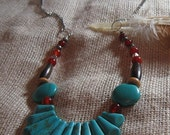 Turquoise Fan Beaded Necklace