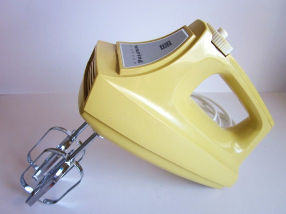 Waring Hand Mixer ~ Hand mixer waring electric harvest gold vintage