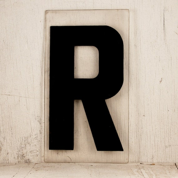 INDUSTRIAL SIGN Plastic Letter R