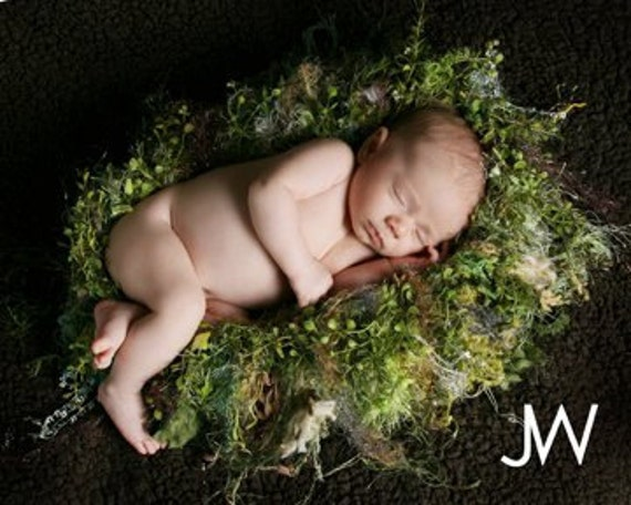 Knitted Nest Baby Photo Prop