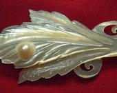 Vintage Fancy Mother of Pearl Dress Pin