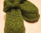 Warm & Cozy Knitted Boots for Babes  (3 - 6 mo. in dill)