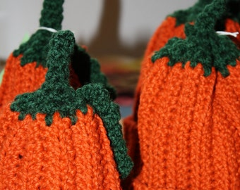 Pumpkin hats for your little sprouts